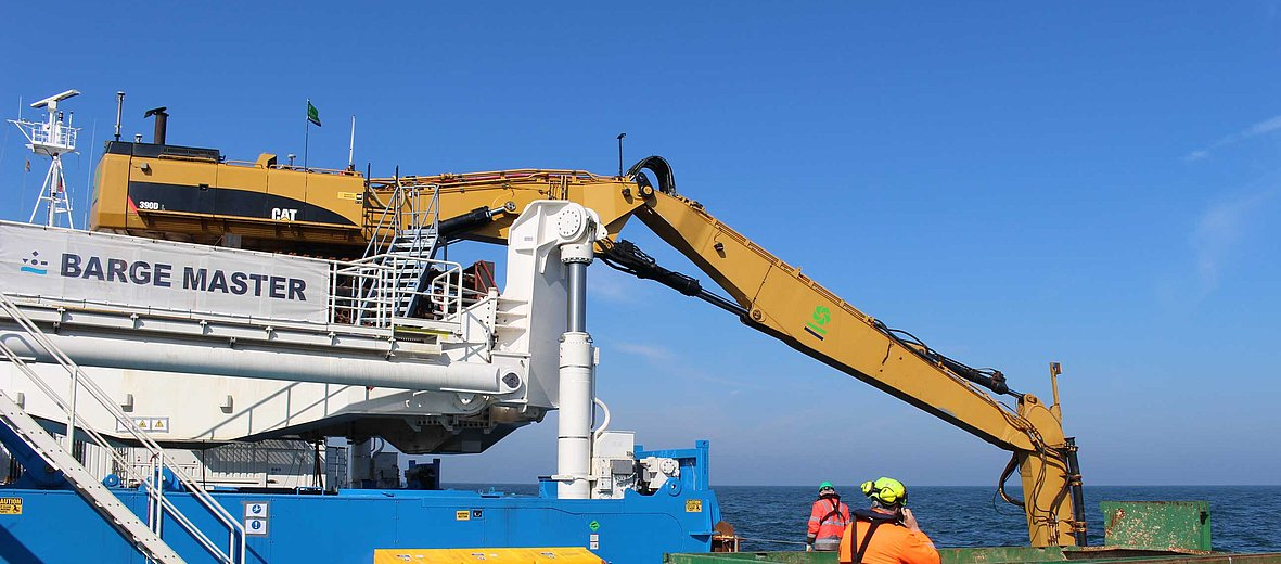 BM-T700 motion compensated floating subsea excavation